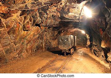 trem subterrâneo, em, mina, carros, em, ouro, prata, e, cobre, mina