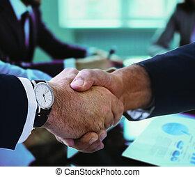 tremante, meeting., finitura, affari persone, su, mani