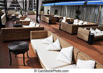 trendy, lounge