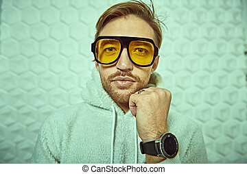 trendy yellow sunglasses