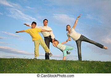 trening, rodzina, trawa, niebo