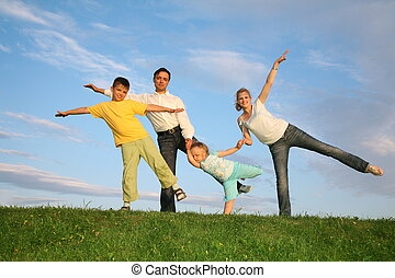 trening, trawa, niebo, rodzina