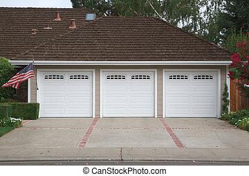 tres, coche, garaje, bandera