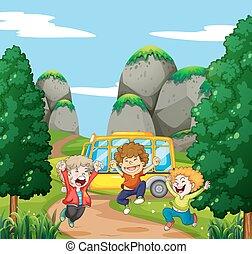 tres, feliz, niños, en el parque