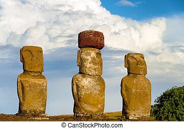 tres, moai, vista