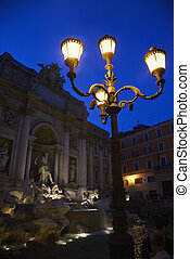 Trevi Fountain in Rome. - Trevi Fountain in Rome, Italy lit...