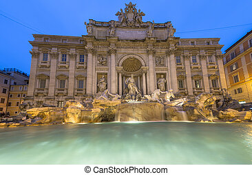Trevi Fountain with no people - Long Exposure of Trevi...