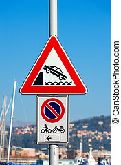 Triangle Traffic Sign - Unprotected Quayside