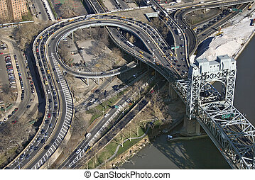 triborough fanno ponte, nyc.