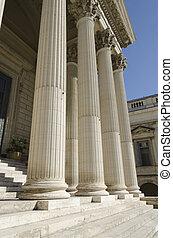 tribunal, colonnes