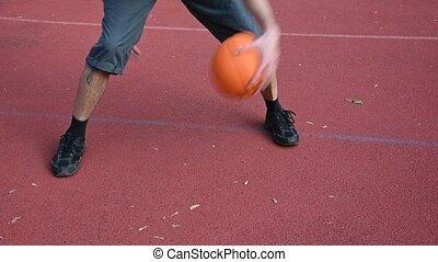 tribunal, homme, balle, dribble, basket-ball, rouges