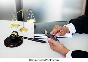 tribunal, law), main, (justice, téléphone, avocat, utilisation, block., sondage, intelligent