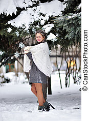 tricotado, mulher, mittens, inverno