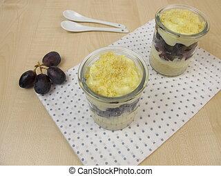 Trifle with vanilla yogurt