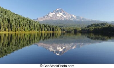 Trillium Lake with Mount Hood