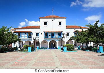 TRINIDAD CUBA -18 JANUARY :Central parque Cespedes with Ayuntamiento building during a normal working day in Santiago de Cuba 18 January 2010. Santiago de Cuba, Cuba. in ,