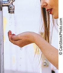 trinken, frau, straße, leitungswasser