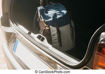 trip., γενική ιδέα , αυτοκίνητο , μεγάλος σάκος σκουπιδιών , ετοιμασία , άμαξα αυτοκίνητο. , κιβώτιο , τουρισμός , ή , ταξιδεύω