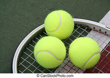 Triple Play - Triple Tennis Balls