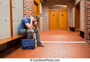 trist, student, sittande, bänk