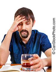 triste, hombre, con, alcohol