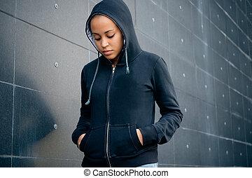 triste, portrait, adolescent, ville, solitaire, rue