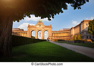 triunfal, parc, cinquantennaire, bélgica, bruselas, arco