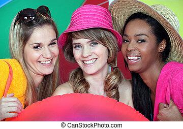 trois filles, plage