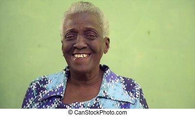 trois, heureux, femmes aînées, sourire