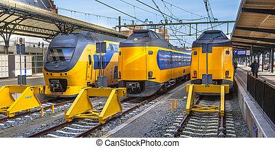 trois, jeûne, interurbain, trains banlieusard, attente, à,...