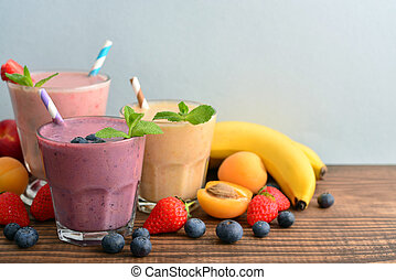 trois, verre, de, fruit, milk-shakes