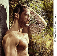 tropicais, chuveiro, homem, jovem, bonito, levando