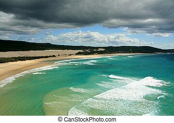 Tropical Beach - Fraser Island, UNESCO, Australia