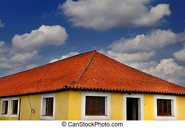tropical, casa, debajo, cielo azul