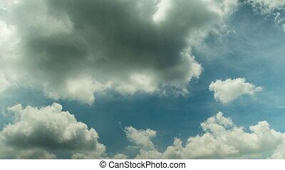Tropical Cloud Time Lapse  014