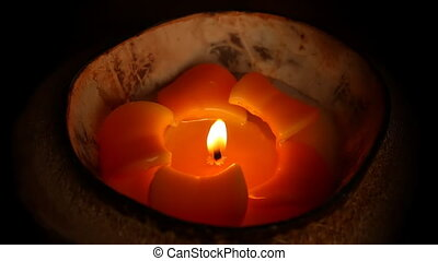 Tropical design candle on black - Glowing in the dark candle...
