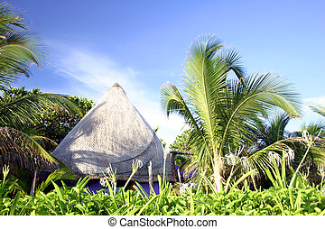 Tropical House - Thatched house on the beachfront, Isla...