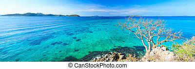 Tropical lagoon panorama