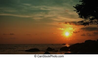 Tropical ocean coast. Tranquil landscape - Video 3840x2160 -...