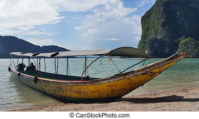 Tropical Paradise Thailand - Long Boat Phang-Nga Bay -...