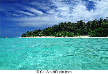 Maldives - Tropical paradise with blue sea and green island ...