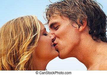 tropicale, baciare, coppia, spiaggia, giovane