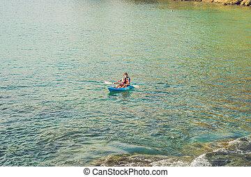 tropicale, kayaking, padre, ocean., figlio