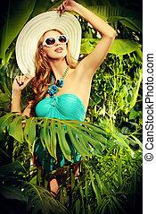 tropics lady