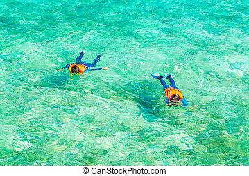 tropikalna wyspa, para, malediwy, snorkeling