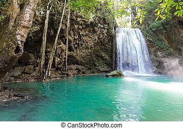 tropikus, vízesés, tó