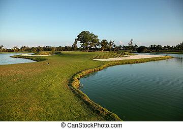 tropische , golfplatz, an, sonnenuntergang, dominikanische...