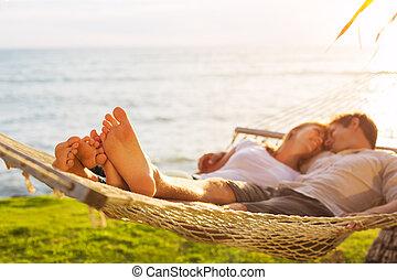 tropische , paar, hangmat, relaxen