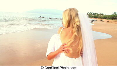 tropische , pasgehuwd, paar