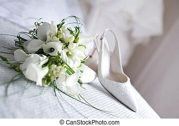 trouwfeest, schoentjes, en, bloemen